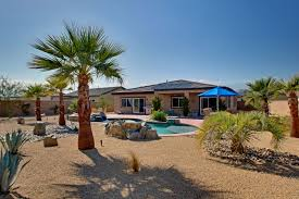 desert landscaping ideas cement patio