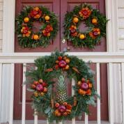 the wreaths of colonial williamsburg this house