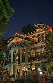 haunted mansion holiday haunted mansion holidays and disney parks