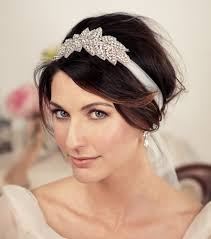 coiffure mariage cheveux courts coiffure mariage cheveux longs mi longs courts les tendances