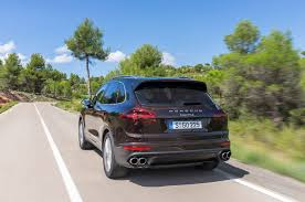 suv porsche 2015 porsche cayenne reviews and rating motor trend