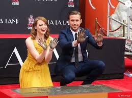 ryan gosling emma stone couple film ryan gosling et emma stone le couple de la la land a les mains
