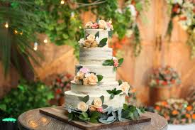 wedding cake surabaya wedding cake rudi by lareia cake co bridestory