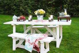 Designs For Wooden Picnic Tables by Diy Rectangle Wooden Picnic Table With Detached Benches Painted