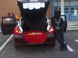 Halloween Costumes Cars 43 Thrifty Trunk Treat Decorating Ideas Images