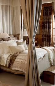 best 25 lodge bedroom ideas on pinterest lodge decor mountain best 25 lodge bedroom ideas on pinterest lodge decor mountain cabin decor and log cabin bedrooms