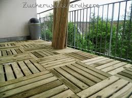 sichtschutz balkon holz zuckerwattenerdbeere balkon diy neu für den sommer für nur 140