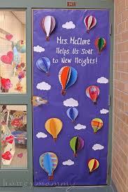Door Decorations For The New Year by 25 Best Teacher Door Decorations Ideas On Pinterest Classroom