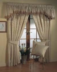 Choose Some Cheerful Curtain Designs For Modern Living Rooms - Design curtains living room