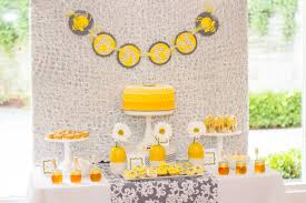 to bee baby shower to bee baby shower