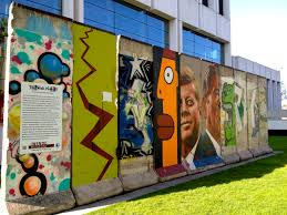 the wall project wende museum wanderlust in the city photo 3 161