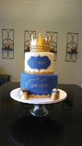 blue birthday cake perfect for a royal prince party royal