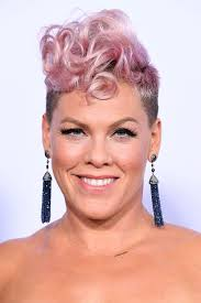 pinks current hairstyle 34 cute short hairstyles for women how to style short haircuts