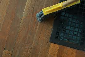 is it better to vacuum or sweep a hardwood floor topsinnj