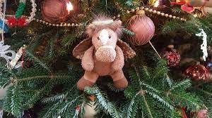 tree ornament serves as memorial to beloved pet small wonders