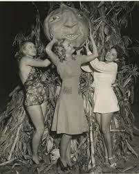 1940s Halloween Costume Marjorie Reynolds Frances Brix Mitzi Uehlein Halloween
