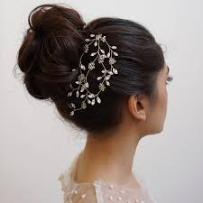 wedding hair timeless bridal hair inspiration from heidi garrett mon