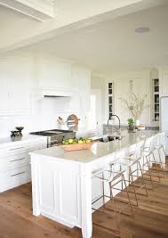 white dove on kitchen cabinets nantucket inspired white kitchen design home bunch