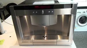 Coffee Makers With Grinders Built In Reviews Neff C77v60n2gb Built In Coffee Machine Youtube