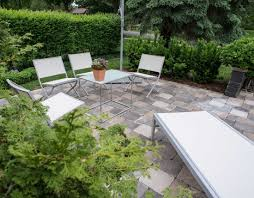modern zen garden courtyard lotus gardenscapes