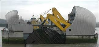 thames barrier ks2 cbbc newsround why was the thames barrier built