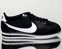 20 Classic Black And White Wmns Nike Classic Cortez Leather Black White Women Casual Shoes