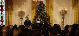 get a sneak peak of the white house u0027s 2016 christmas decorations