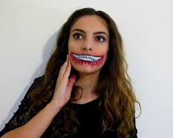 halloween makeup smile ripped mouth halloween makeup what sarah writes