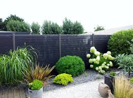 image amenagement jardin aménagement d u0027un jardin en ville et clôture seven garden
