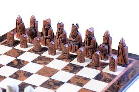 buy isle of lewis luxury walnut chess set at official staunton
