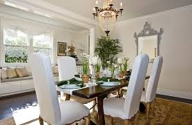 STAGING A HOME - Dining room staging