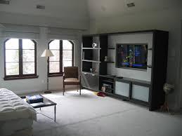 modern sleek bedroom tv wall unit bedroom 550x367 30kb