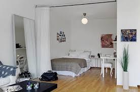 amenager chambre dans salon aménager un coin chambre dans le séjour tout pratique
