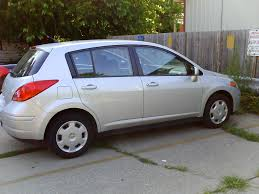 nissan versa hatchback 2011 nissan versa hatchback picture free image gallery