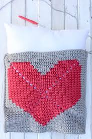 Free Cushion Crochet Patterns House Or Dorm Warming Free Crochet Pillow Pattern Make U0026 Do Crew