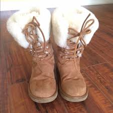 s ugg boots 67 ugg shoes auth ugg s n 1892 boots size 6 from ella s