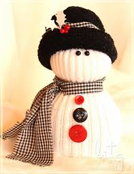 i u0027ve seen these lil u0027 sock snow people for years at craft shows and