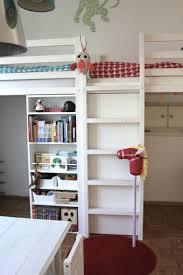 etagenbett mit schrank 61 besten betten bilder auf pinterest kinderzimmer etagenbett