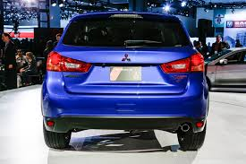 mitsubishi trucks 2016 2016 mitsubishi outlander sport debuts with updated styling