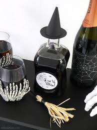 halloween wine bottle stoppers quick u0026 easy halloween party crafts with free printables party
