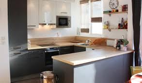 cuisine en cuisine en u avec coin repas maison design bahbe com