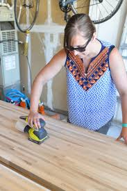 how to install butcher block countertops hey let s make stuff here is the process we used to install our butcher block countertops as well as