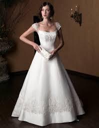 wedding dresses 2009 bintou s mermaid scoop floorlength satin wedding dress for