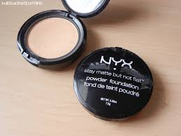 Bedak Nyx review swatches nyx stay matte not flat powder foundation in 2