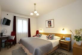 hotel geneve dans la chambre chambres chambre côté cour hotel ève hôtel excelsior à