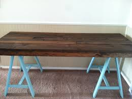 Diy Home Office Desk Plans Furniture 18 Diy Sawhorse Desk Plans With Blue Leg And Wooden Floor