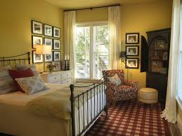 How To Decorate A Guest Bedroom - guest bedroom decorating ideas and pictures home design ideas