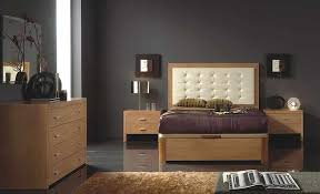 bedroom what paint colors look best with maple furniture intended