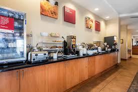 Comfort Suites Breakfast Hours Comfort Suites Nashville Westjet