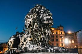 clockwork lion u0027 in london cries u201ctime is running out for big cats